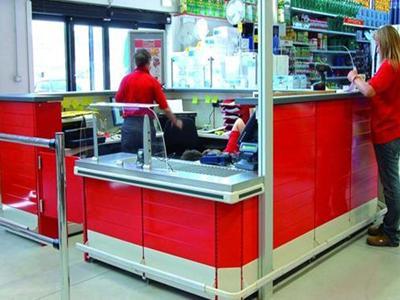 Arredamento per negozi perugia e terni mobili per for Vendita mobili terni