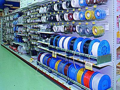 Arredamento brico e negozi ferramenta perugia e terni for Arredamento ferramenta